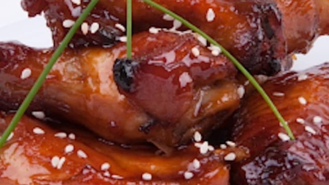 Ailes de poulet aux graines de sésame
