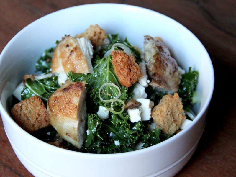 Kale Salad with Chicken Thighs