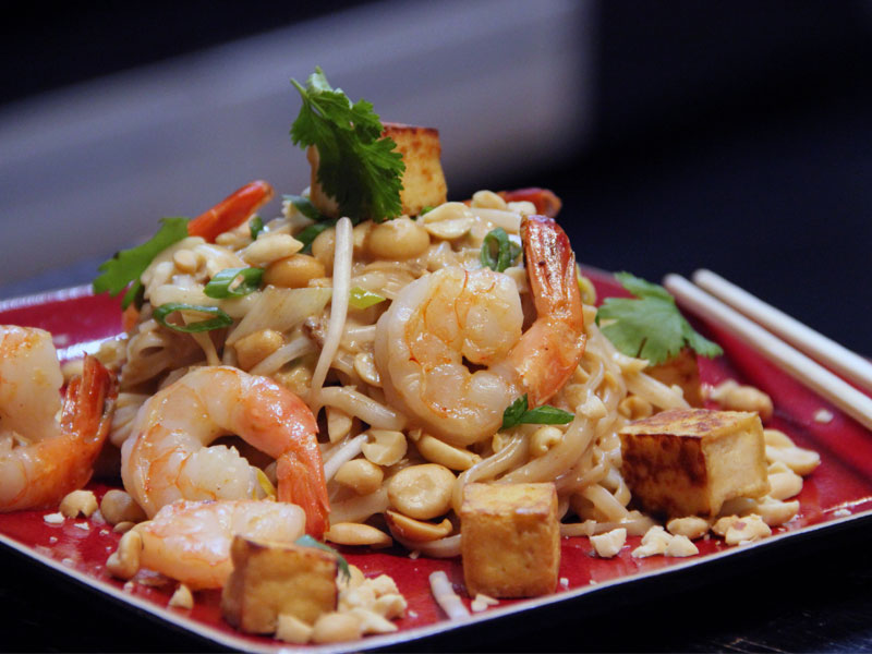 Pad Thai with Crispy Tofu and Shrimps