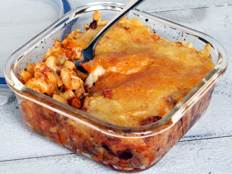 Macaroni aux saucisses italiennes