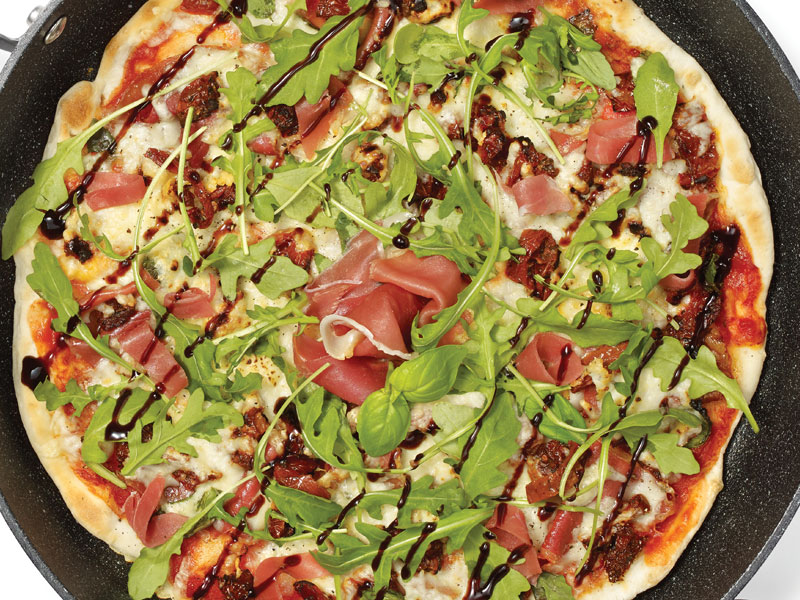 One Pot Upside-Down Prosciutto and Aragula Pizza